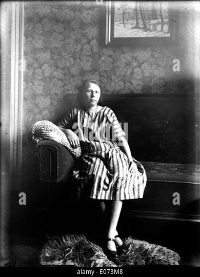 jeune francaise nue vivastreet salon de provence