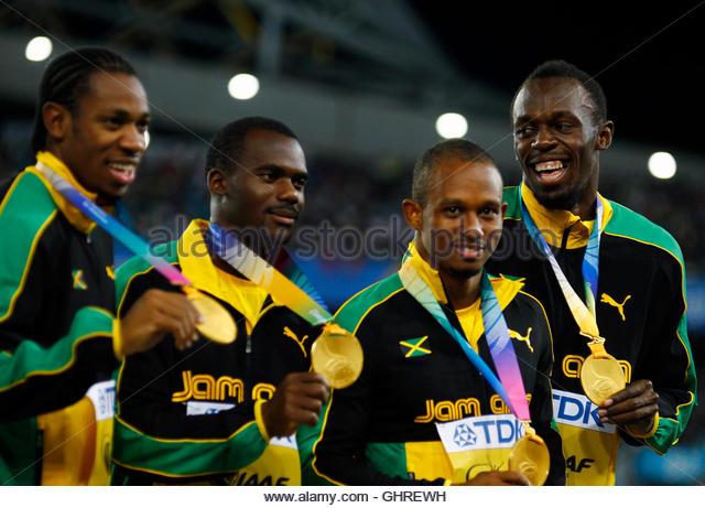 Usain Bolt L R ...