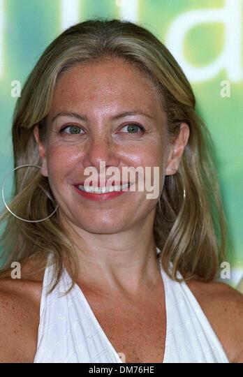 Cecelia Roth Nude Photos 34