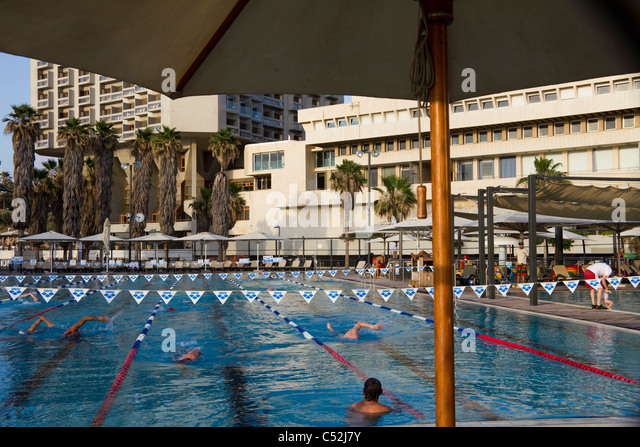 Tel aviv pool stock photos tel aviv pool stock images alamy for Hotels in jerusalem with swimming pool