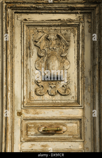 An Old carved door - Stock Image & Wood Regional Door Stock Photos \u0026 Wood Regional Door Stock Images ...