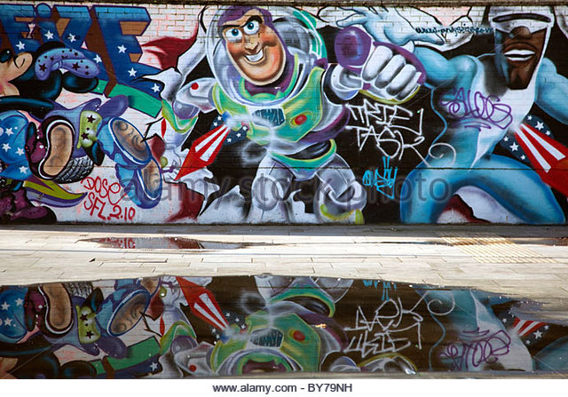 Buzz lightyear stock photos buzz lightyear stock images for Buzz lightyear wall mural