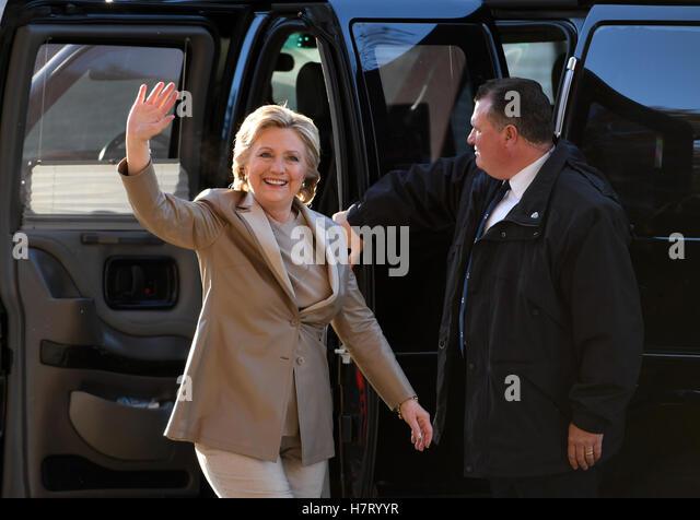 new york usa 8th nov 2016 u s democratic presidential candidate hillary clinton