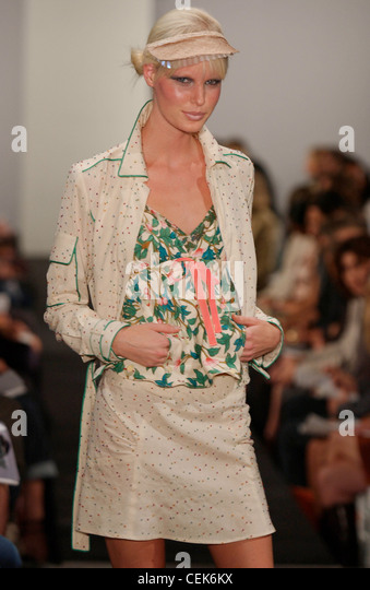 frstenberg milf women Discover affordable fashion for mature women including diane von furstenberg and ginny hilfiger why can't american women over 50 have this.