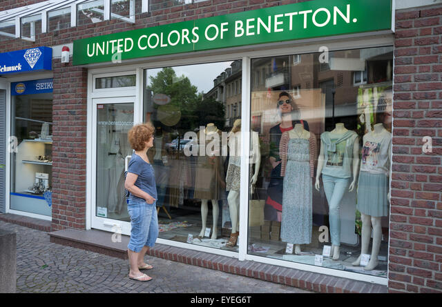 Benetton store stock photos benetton store stock images for United colors of benetton online shop outlet