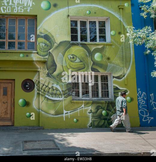 Chile santiago bars stock photos chile santiago bars for Carpenter papel mural santiago chile