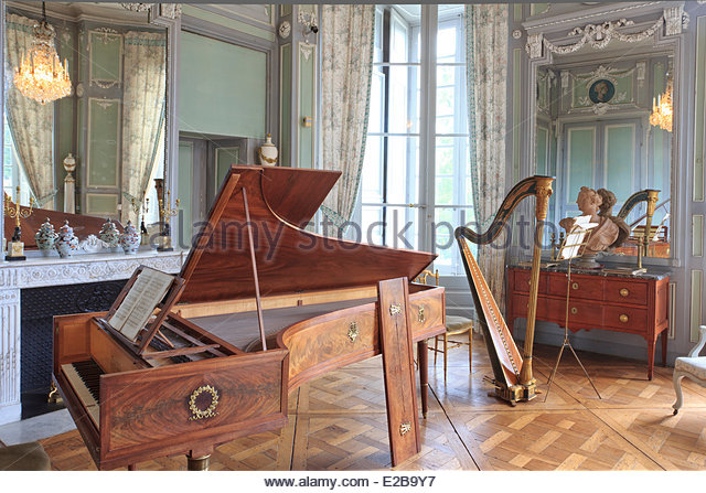 chateaux interior stock photos chateaux interior stock images alamy. Black Bedroom Furniture Sets. Home Design Ideas