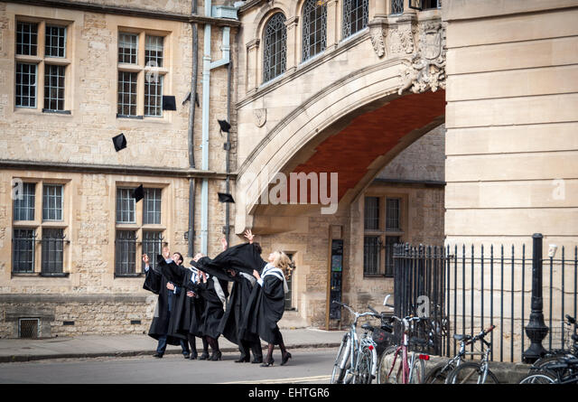oxford-university-students-celebrate-the