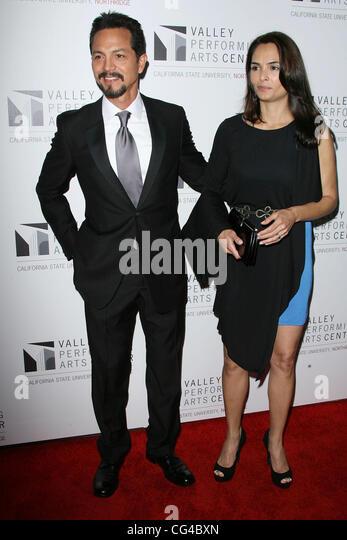 Benjamin bratt and wife