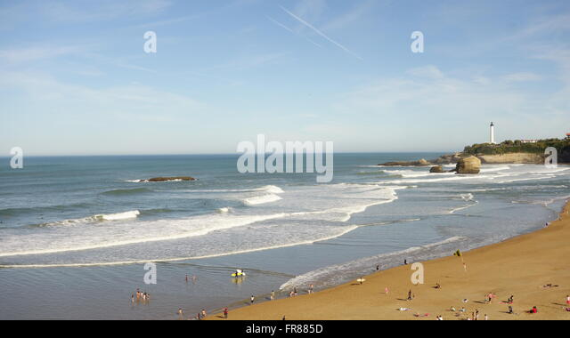 grand plage biarritz stock photos grand plage biarritz stock images alamy. Black Bedroom Furniture Sets. Home Design Ideas