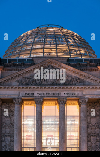 berlin the reichstag dome stock photos berlin the reichstag dome stock images alamy. Black Bedroom Furniture Sets. Home Design Ideas