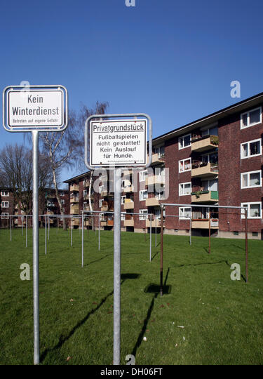 Prohibition Sign In A 1950s Residential Housing Estate Gelsenkirchen Ruhr District North Rhine