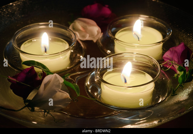 Water Bowl Candles Stock Photos & Water Bowl Candles Stock ...