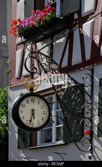 a pocket watch stock photos a pocket watch stock images alamy. Black Bedroom Furniture Sets. Home Design Ideas