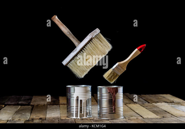Canned Air Painting : Tin cans hanging stock photos