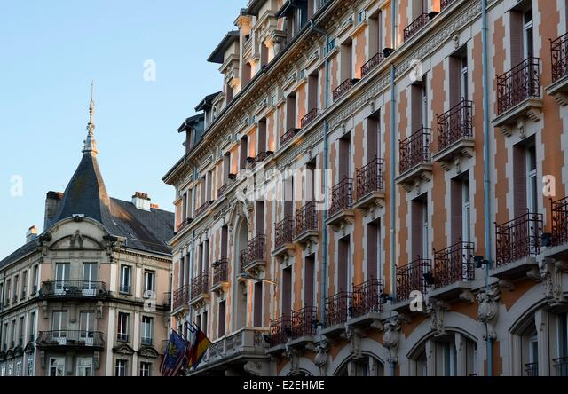 Haussmann apartment buildings stock photos haussmann for Appart hotel belfort