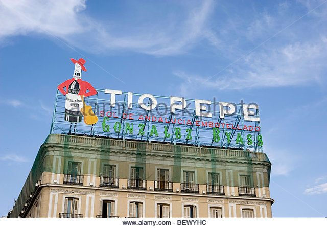 Tio pepe logo stock photos tio pepe logo stock images for Tio pepe madrid puerta del sol