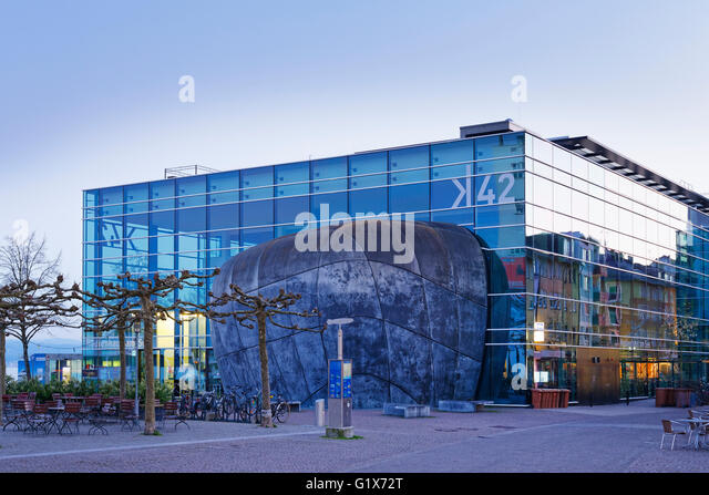 cultural centre promenade stock photos cultural centre promenade stock images alamy. Black Bedroom Furniture Sets. Home Design Ideas