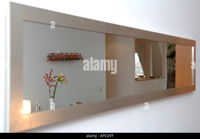 mirror 21 stock photos mirror 21 stock images alamy. Black Bedroom Furniture Sets. Home Design Ideas