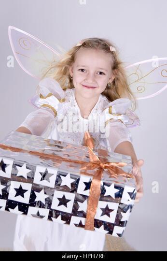 weihnachtsgeschenk stock photos weihnachtsgeschenk stock. Black Bedroom Furniture Sets. Home Design Ideas