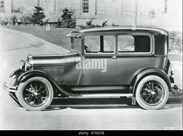 Ford motor company assembly line stock photos ford motor for Ford motor company stock market