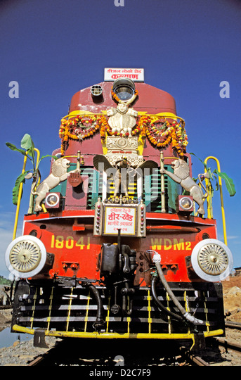 Train Engine Front View Stock Photos & Train Engine Front ...