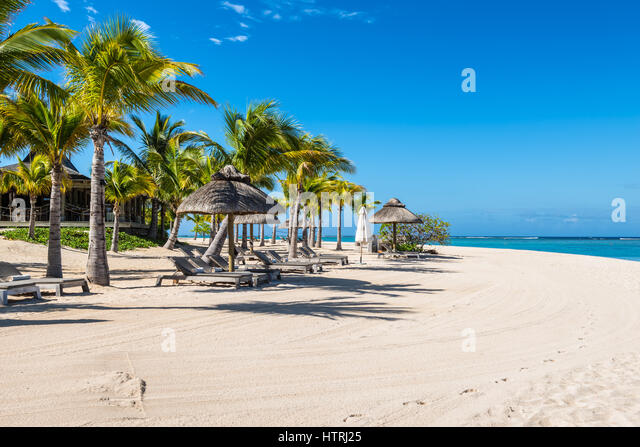 Le morne mauritius landscape stock photos le morne for Tropical vacations in december