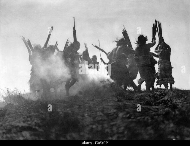 Of The Kwakiutl Indians Stock Photos & Of The Kwakiutl Indians ...