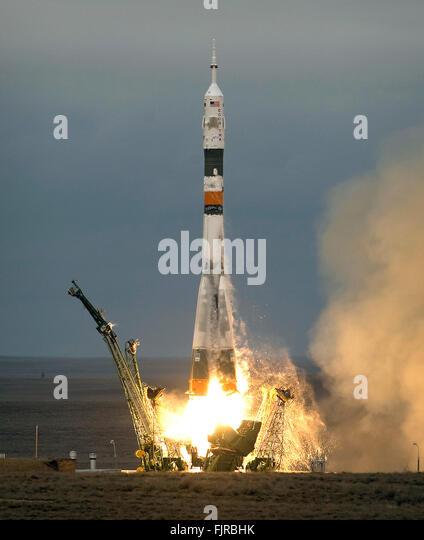Soyuz Liftoff In Kazakhstan Stock Photos & Soyuz Liftoff ...