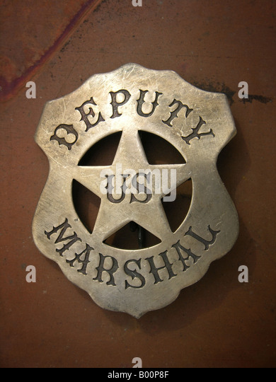 how to become a deputy us marshal