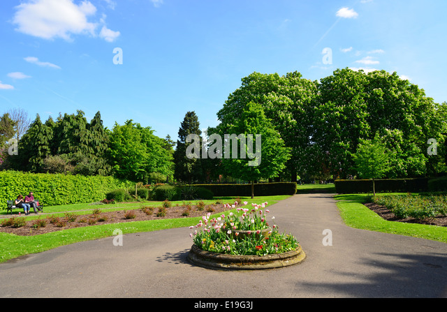Churchfield Gardens  Ruislip  London Borough of Hillingdon  Greater London   England  United. Ruislip High Street Stock Photos   Ruislip High Street Stock