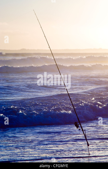 how to fish with a surf rod