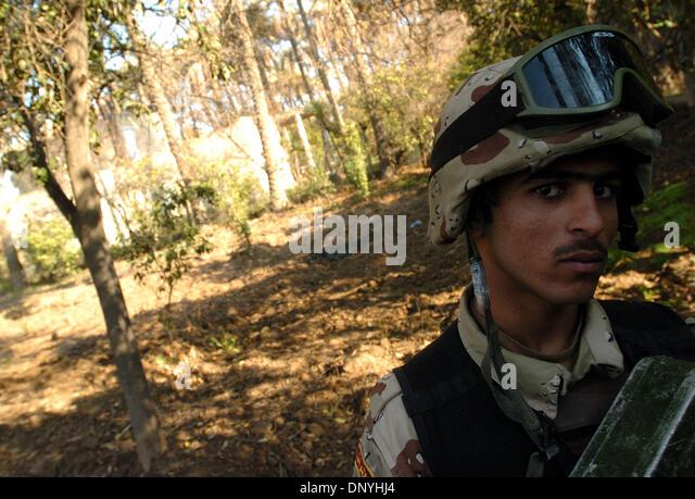 Soldiers grove muslim