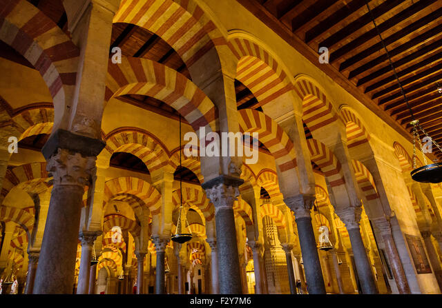 Mezquita cordoba interior stock photos mezquita cordoba for Mezquita de cordoba interior