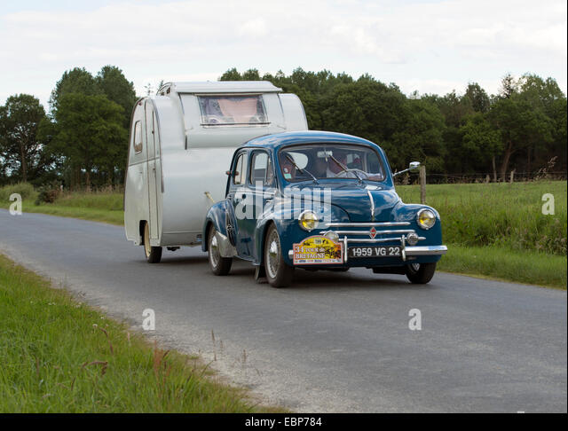 Caravan rally stock photos caravan rally stock images for Motor club towing rochester ny