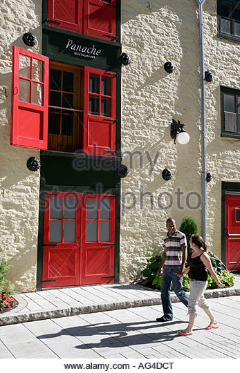 Speaking language couple stock photos speaking language for Auberge autre jardin quebec city