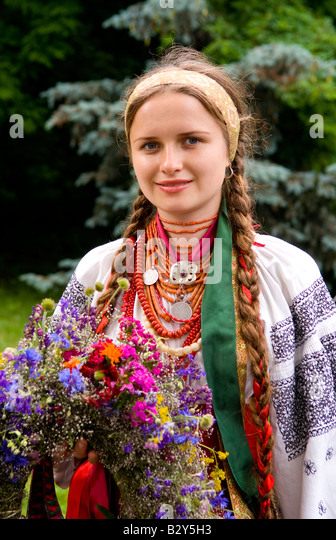 Ukrainian Women Photo Traditional 65