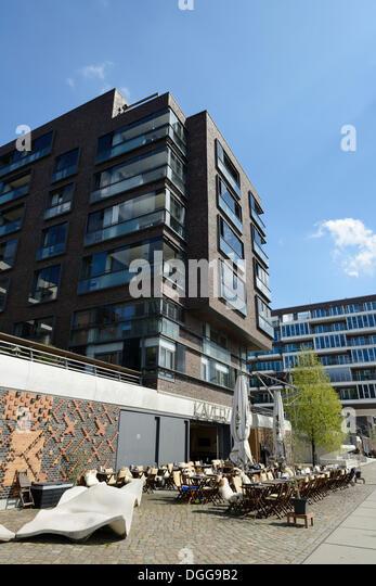 Hamburg harbour restaurant stock photos hamburg harbour for 63 alexandra terrace harbourlink warehouse