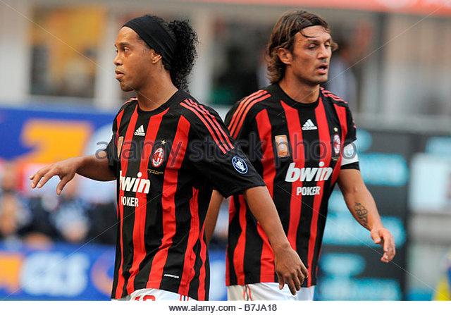ronaldinho-and-paolo-maldinimilano-19-10-2008-serie-a-football-championship-b7ja18.jpg