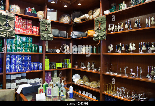 Barber Shop Bangor : Places To Shop Stock Photos & Places To Shop Stock Images - Alamy
