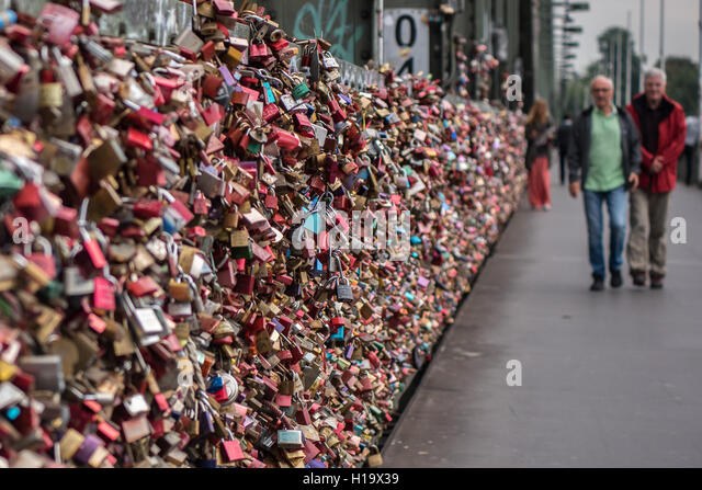 locks bridge germany stock photos locks bridge germany stock images alamy. Black Bedroom Furniture Sets. Home Design Ideas
