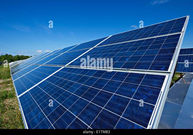 Alternative energy ontario stock photos alternative for Solar installers canada