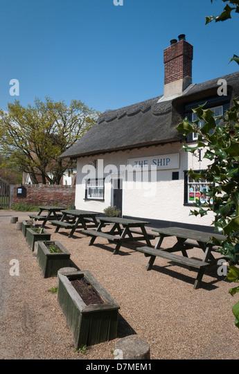 Village Pub Beer Garden Stock Photos Village Pub Beer