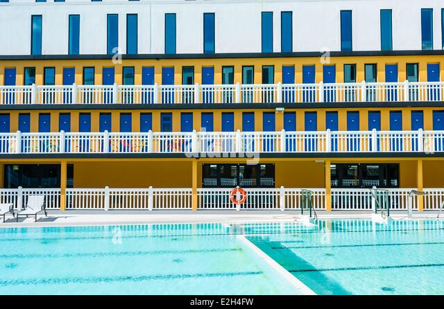 Luxury door opening stock photos luxury door opening for Outdoor swimming pool paris