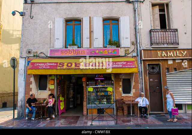 Old french store fronts stock photos old french store fronts stock images alamy - Boutique free perpignan ...