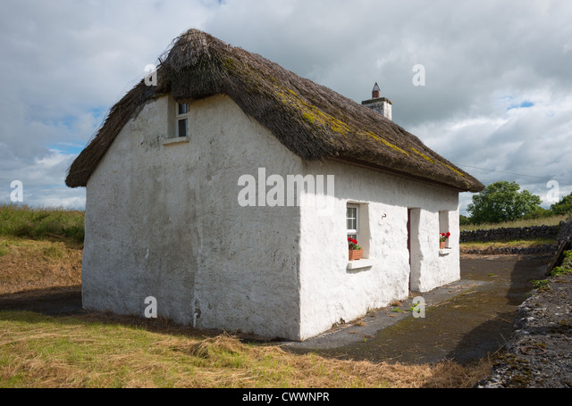 Ireland Thatched Stock Photos Amp Ireland Thatched Stock