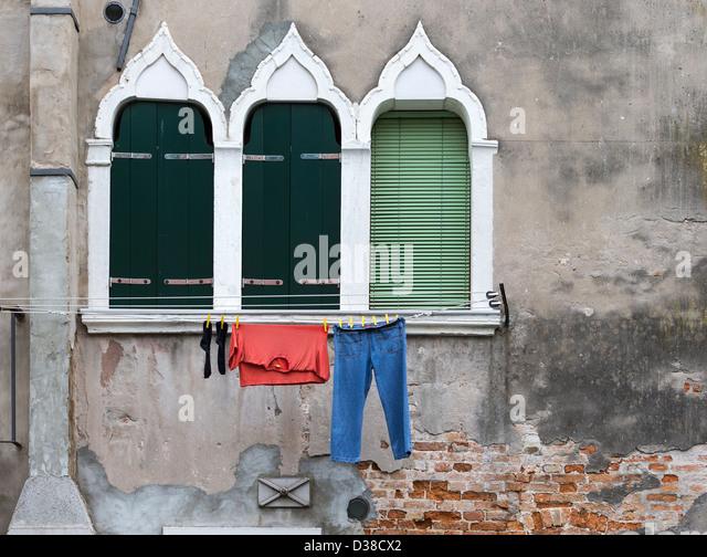 A window somewhere in seoul 3
