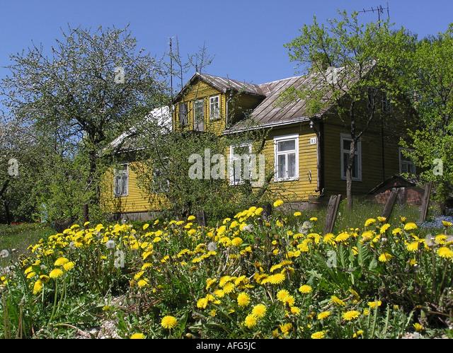Litauen stock photos litauen stock images alamy for Traditionelles haus