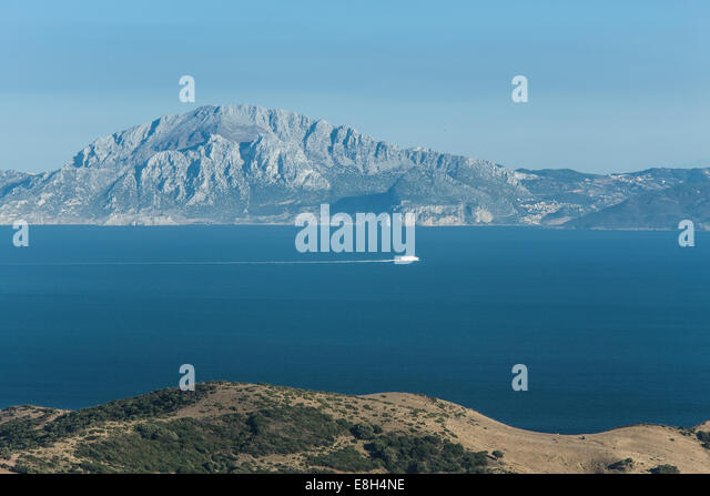 Spain from morocco stock photos spain from morocco stock - Moroccan port on the strait of gibraltar ...