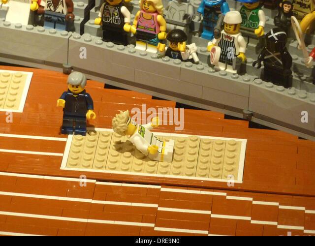Lego Store London Stock Photos & Lego Store London Stock Images ...